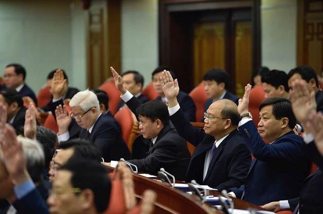 Trung ương bỏ phiếu đánh giá tín nhiệm Uỷ viên Bộ Chính trị, Ban Bí thư - Ảnh 1.