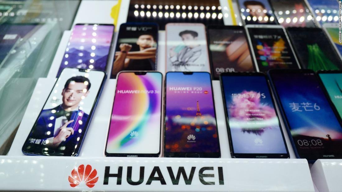 Hàng trăm công ty Trung Quốc ép buộc nhân viên tẩy chay Apple, chuyển sang dùng Huawei - Ảnh 1.