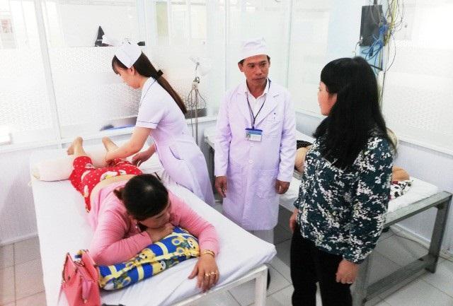 """Bộ trưởng Y tế: """"Bố trí giường bệnh làm sao cho bệnh nhân điều trị được thoải mái"""" - Ảnh 3."""