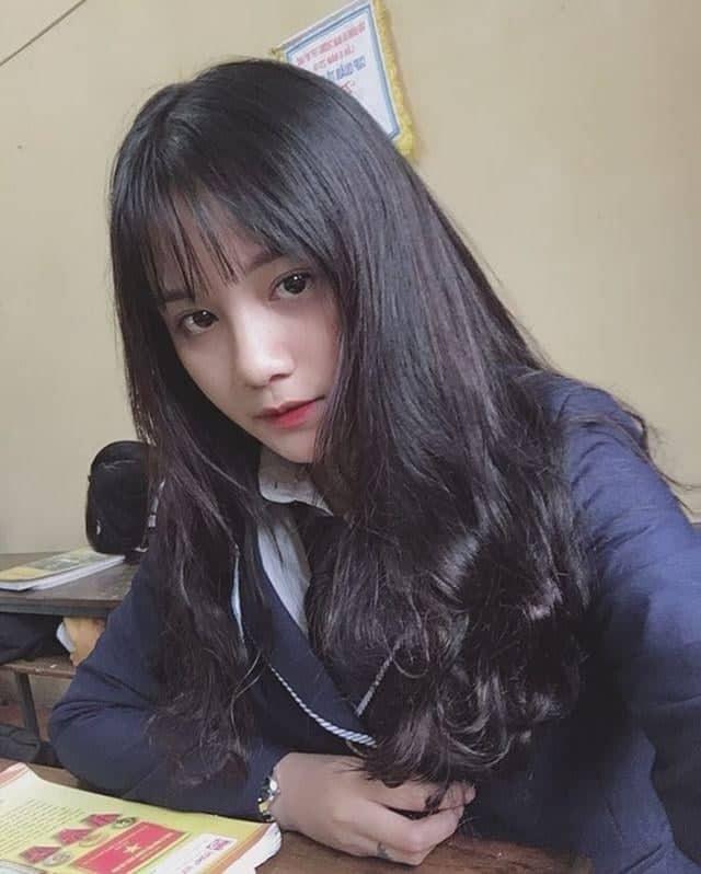 Nữ sinh Hưng Yên gieo thương nhớ với bức ảnh đi học quân sự - Ảnh 5.