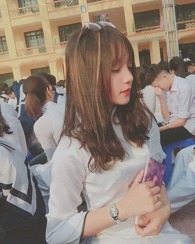 Nữ sinh Hưng Yên gieo thương nhớ với bức ảnh đi học quân sự - Ảnh 8.