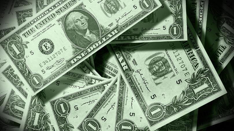Nhặt được ví đựng 233 triệu đồng, người đàn ông ngay lập tức đem nộp cho cảnh sát - Ảnh 1.