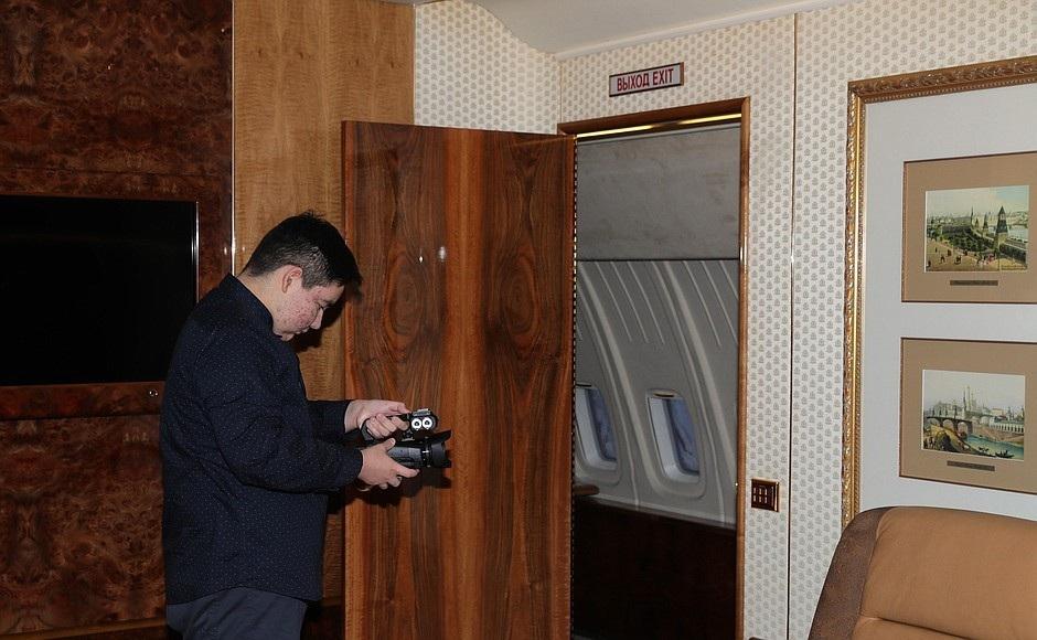 Ông Putin mời vị khách đặc biệt 15 tuổi thăm chuyên cơ tổng thống - Ảnh 3.