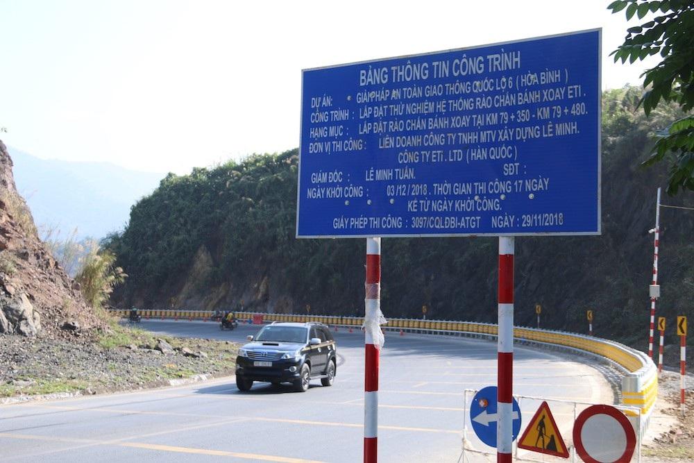 Cận cảnh rào chắn đặc biệt đỡ xe đâm vào vách núi ở Dốc Cun - Ảnh 2.
