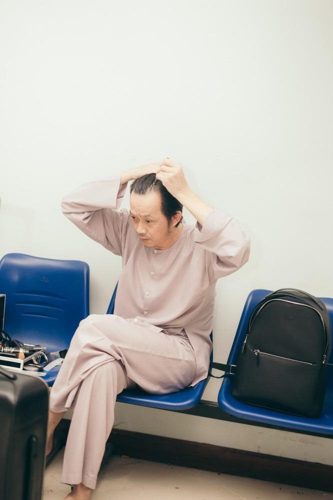 Lối sống kham khổ không ngờ của Hoài Linh qua lời kể MC Nguyên Khang - Ảnh 3.