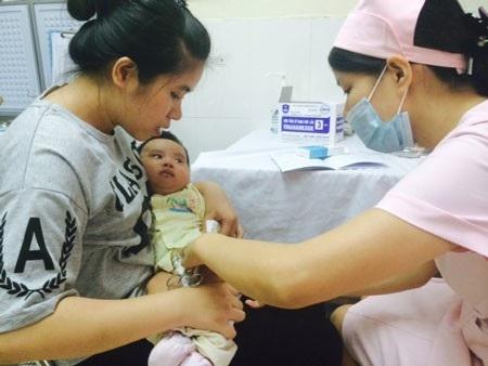 Giải đáp nóng về chuyển đổi vắc xin 5 trong 1 trong toàn quốc - Ảnh 4.