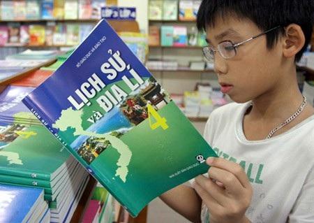 Hôm nay, Bộ GD&ĐT công bố Chương trình giáo dục phổ thông mới - Ảnh 2.