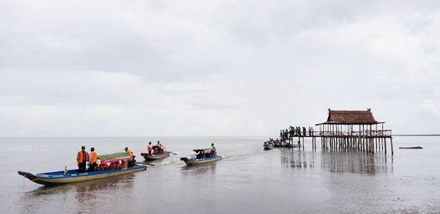 Mở tuyến tham quan xuyên rừng Vườn Quốc gia Mũi Cà Mau - Ảnh 7.