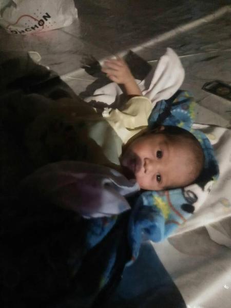 Cha mẹ cãi nhau, bé 2 tuần tuổi bị vứt bỏ giữa chợ Thái Lan  - Ảnh 5.