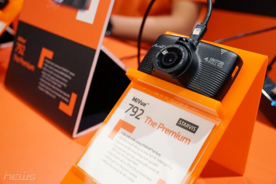 Motorola P40 với màn hình đục lỗ, iPhone sẽ không được lắp ráp ở Việt Nam - Ảnh 6.