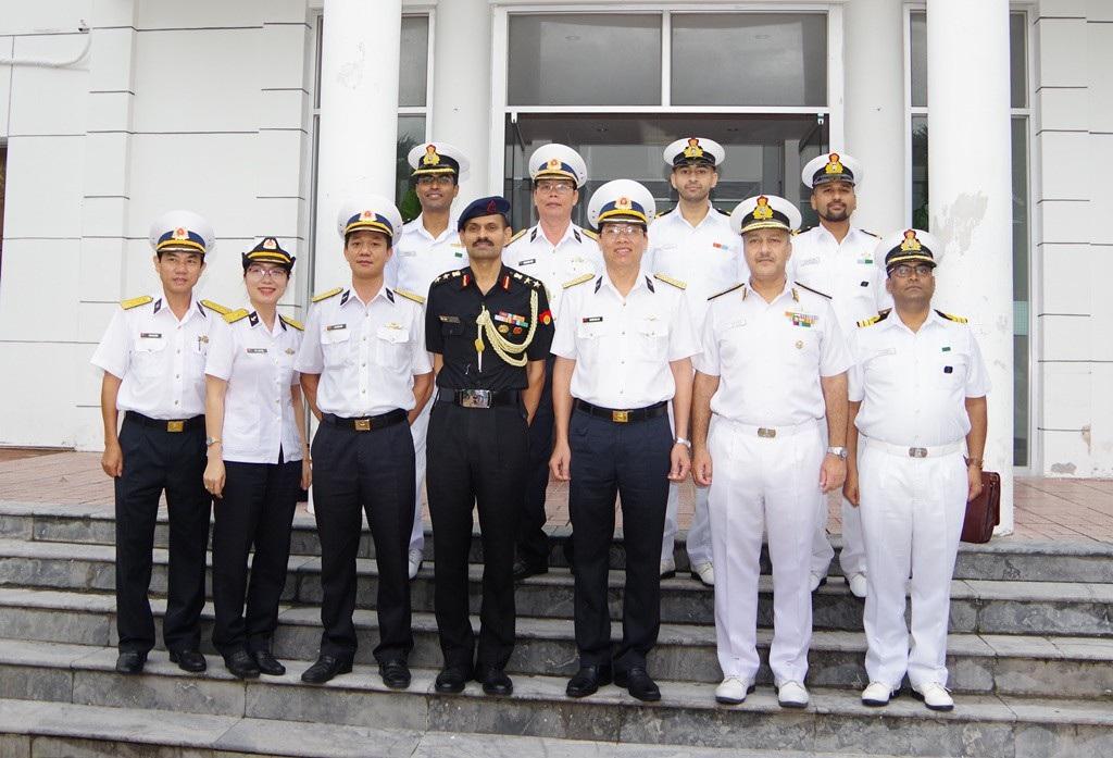 Phó Tham mưu trưởng Hải quân Ấn Độ thăm Học viện Hải quân Việt Nam - Ảnh 2.