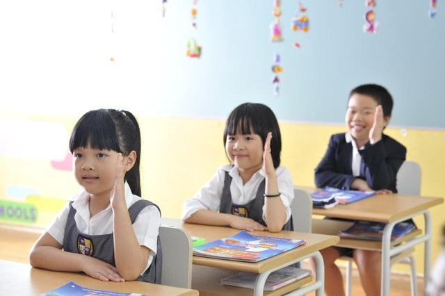 Đội ngũ giáo viên, sĩ số lớp học: Sẽ giải quyết ra sao khi áp dụng chương trình phổ thông mới? - Ảnh 3.