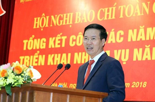 Ông Võ Văn Thưởng: Sự chậm trễ của báo chí đã trao lợi thế cho mạng xã hội - Ảnh 1.