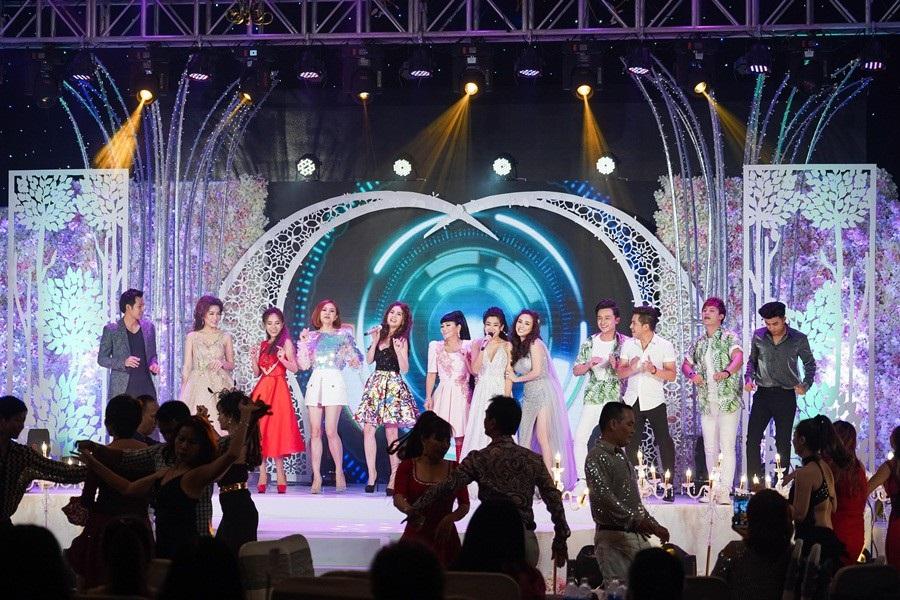 Mai Phương trở lại sau ung thư, hát say sưa cùng Elly Trần, Thúy Diễm - Ảnh 1.