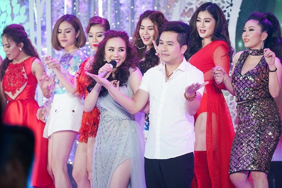 Mai Phương trở lại sau ung thư, hát say sưa cùng Elly Trần, Thúy Diễm - Ảnh 3.
