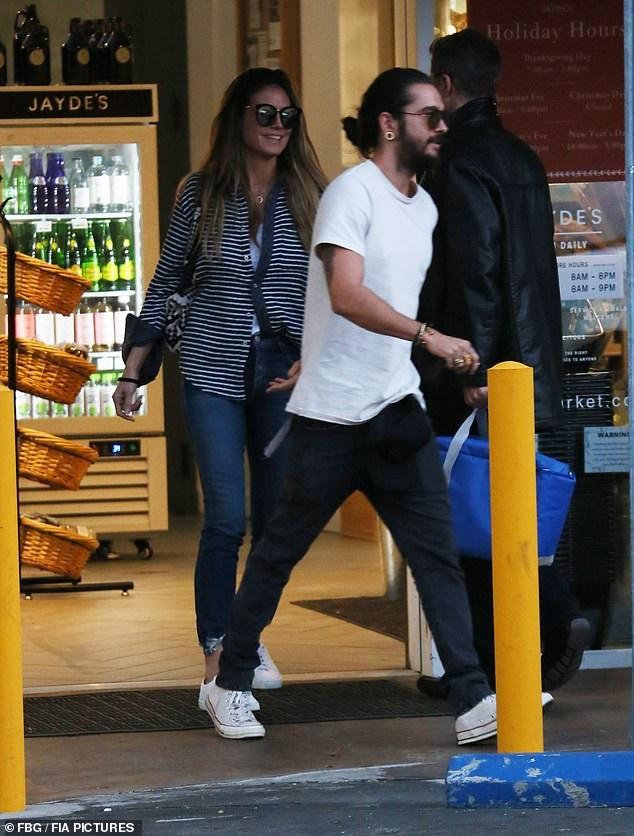 Tom Kaulitz, 29 tuổi mới ngỏ lời cầu hôn bạn gái 45 tuổi hôm Giáng sinh vừa qua
