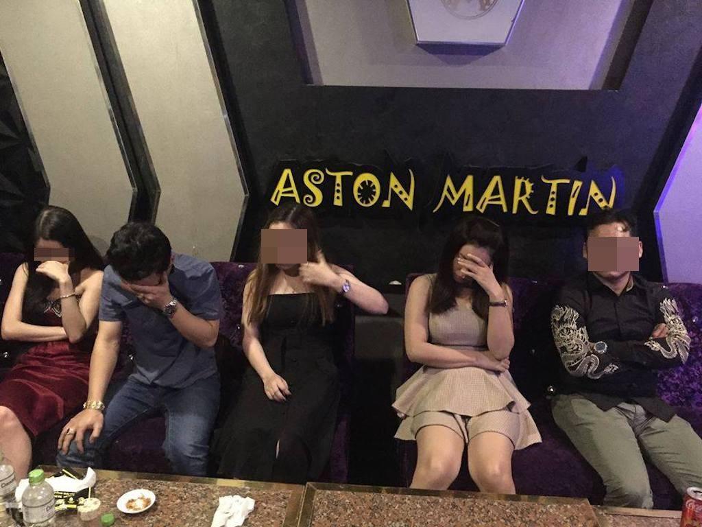 """Dân chơi Sài Gòn đón Tết Dương lịch bằng """"tiệc ma tuý"""" - Ảnh 1."""