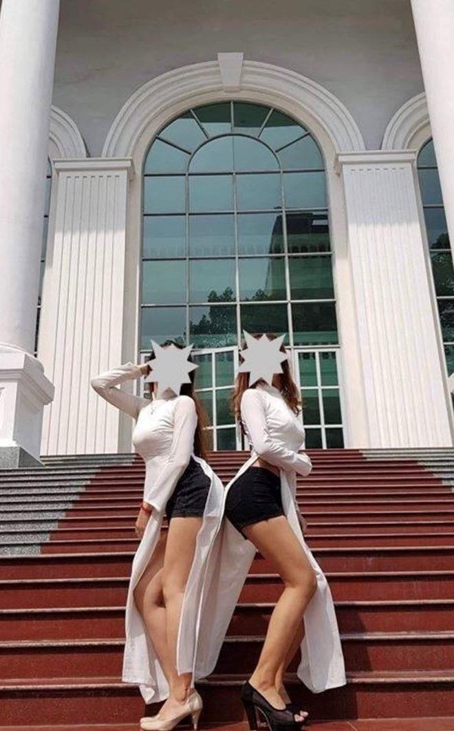 Hai nữ sinh Sư phạm mặc áo dài với quần đùi: Xem xét hình thức kỷ luật - Ảnh 2.