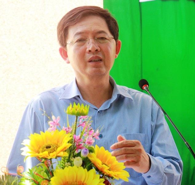 Chủ tịch UBND tỉnh Bình Định Hồ Quốc Dũng hứa với người dân chỉ thực hiện dự án khi người dân đồng thuận.