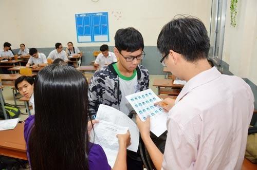 Thí sinh dự thi THPT quốc gia tại TPHCM. (Ảnh: Tấn Thạnh)