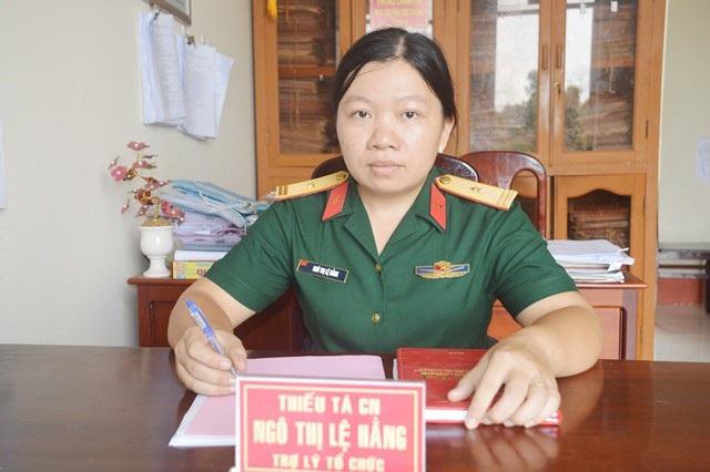 Thiếu tá chuyên nghiệp Ngô Thị Lệ Hằng.