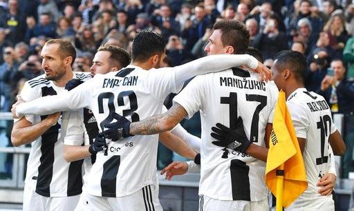 C.Ronaldo rực sáng, Juventus lập kỷ lục vĩ đại - Ảnh 2.
