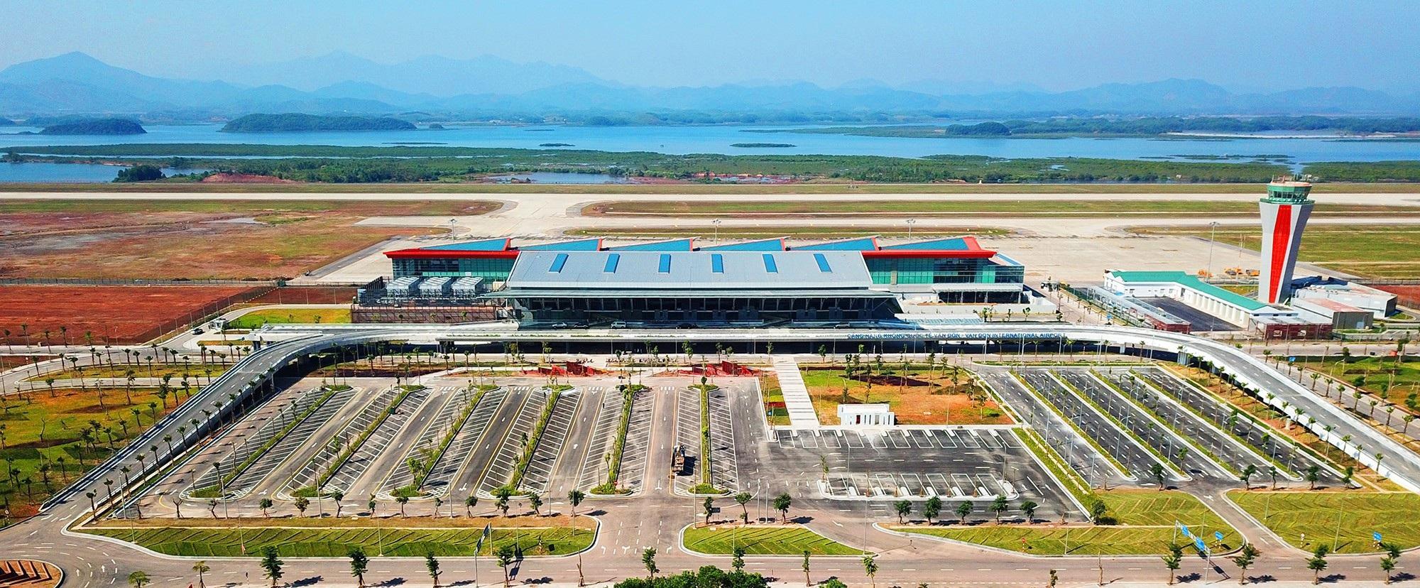 Thủ tướng phát lệnh khai trương sân bay quốc tế tư nhân đầu tiên Việt Nam - Ảnh 1.