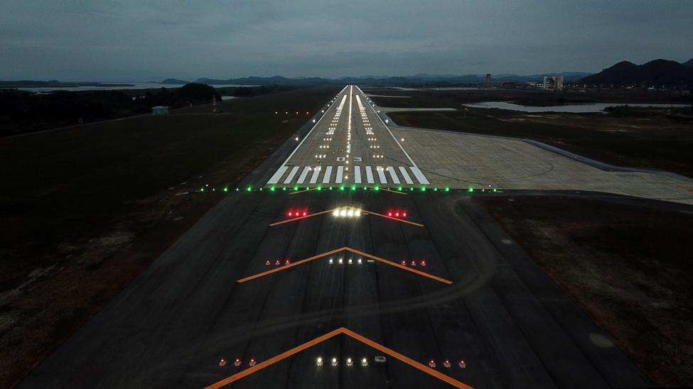 Thủ tướng phát lệnh khai trương sân bay quốc tế tư nhân đầu tiên Việt Nam - Ảnh 7.