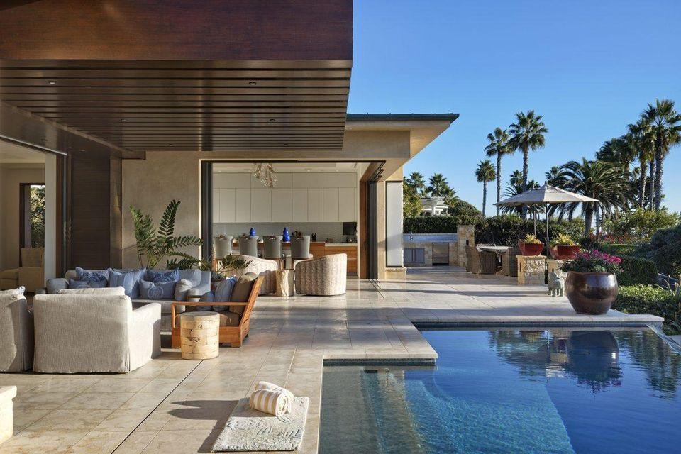 Choáng ngợp ngôi nhà bên bờ biển giá 19 triệu USD tỷ phú Mark Cuban mới tậu - Ảnh 3.