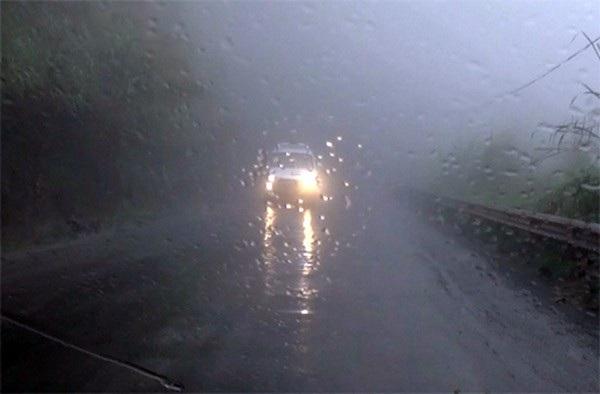 Kinh nghiệm lái xe đường sương mù - 5