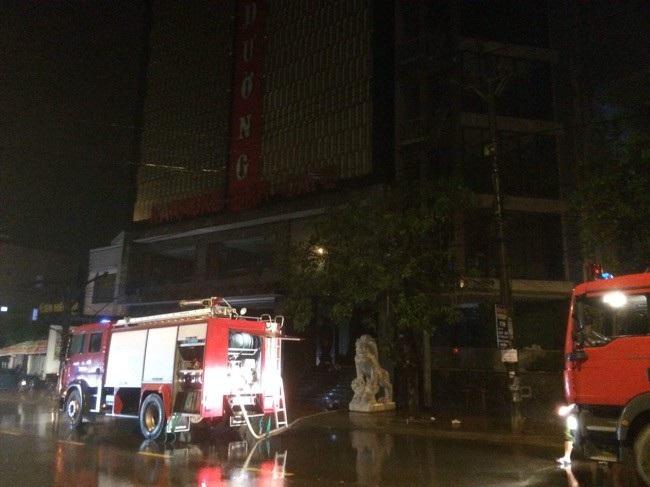 Cháy quán karaoke 9 tầng lớn nhất Quảng Trị - Ảnh 2.