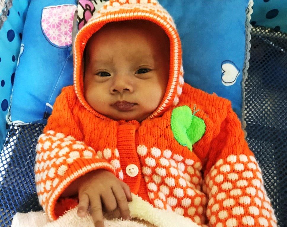 Thương bé sinh đôi chống chọi với bệnh tim bẩm sinh phức tạp - Ảnh 4.