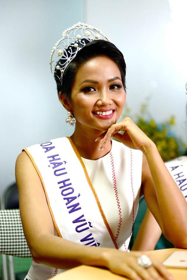 """Thông điệp """"Tôi làm được"""" của Hoa hậu HHen Niê vào đề thi Văn - Ảnh 1."""