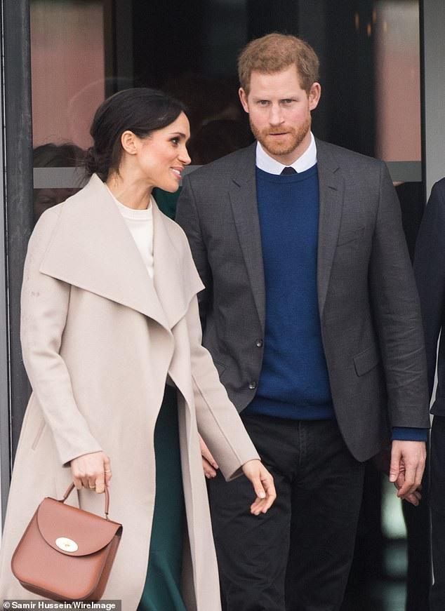 Chiếc túi dễ phối cùng quần áo của hãng Charlotte Elizabeth giá 260 bảng Anh