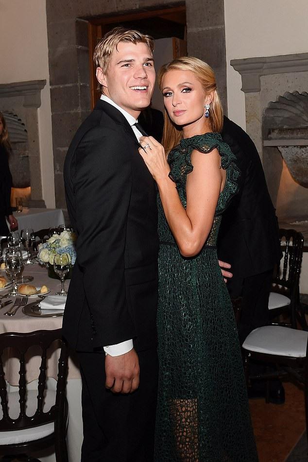 """Paris Hilton - kiều nữ giả vờ """"ngốc nghếch, ham chơi"""", để âm thầm kiếm """"tỷ đô"""" - Ảnh 8."""