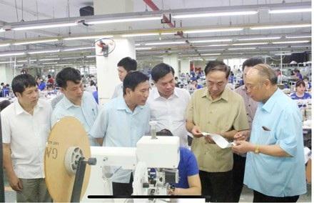 Lãnh đạo tỉnh Thái Nguyên thăm công ty TNG.