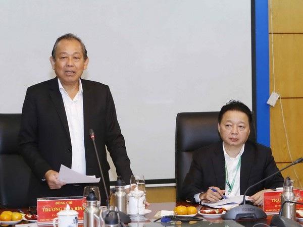 Phó Thủ tướng Trương Hoà Bình phát biểu tại buổi làm việc (Ảnh: Bộ TN-MT).