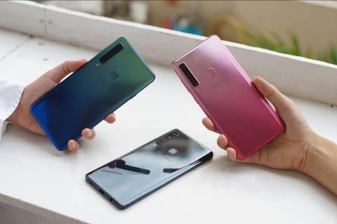 """Hiệu ứng Gradient cùng các tông màu """"không đụng hàng"""" sẽ khiến việc """"lên đồ"""" cùng Galaxy A9 trở nên thú vị hơn hẳn"""