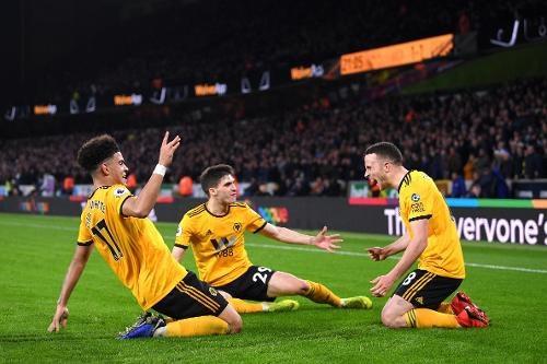 Các cầu thủ Wolves đã có những bàn thắng bất ngờ vào lưới Chelsea