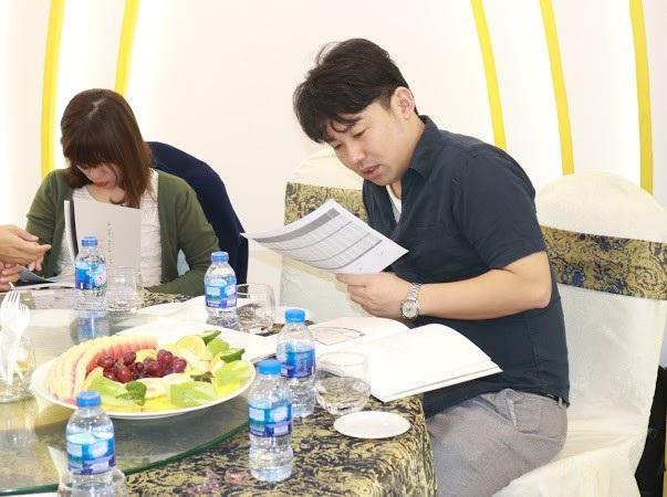 Anh Yoshida - một khách hàng người Nhật Bản đang công tác tại Việt Nam đang rất quan tâm đến dự án.