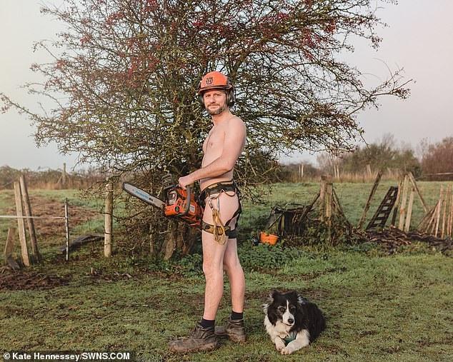 Một anh thợ làm vườn.