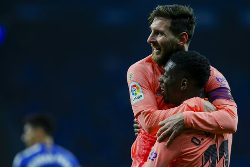 Messi tỏa sáng với 2 bàn thắng giúp Barcelona vượt qua Espanyol