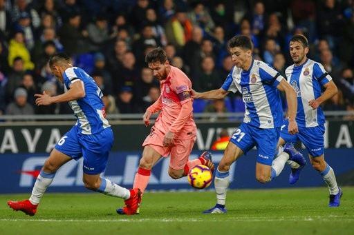 Thắng tưng bừng Espanyol, Barcelona xây chắc ngôi đầu bảng La Liga