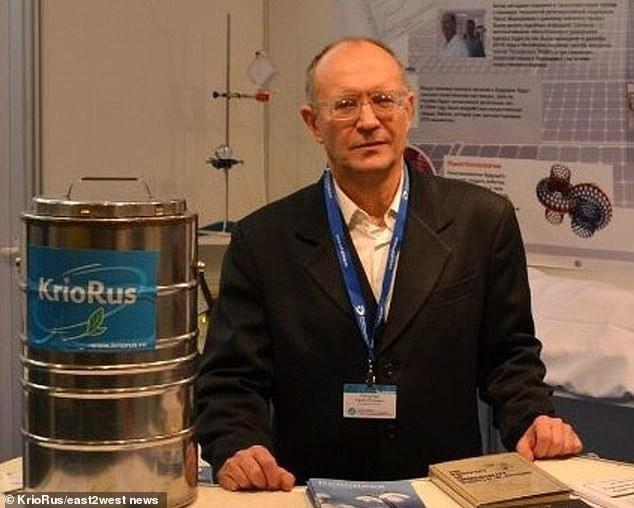 Tiến sĩ khoa học Yuri Pichugin đã hợp tác với KrioRus từ năm 2011.