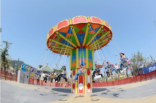 """Thiên đường """"sống ảo"""" miễn phí ngay cạnh vịnh Hạ Long hút hàng ngàn du khách - 11"""