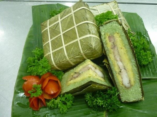 Bánh chưng xanh trở thành một phần trong linh hồn của ngày tết cổ truyền tại Việt Nam. Ảnh Internet