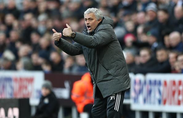 HLV Mourinho lên tiếng khen ngợi Newcastle