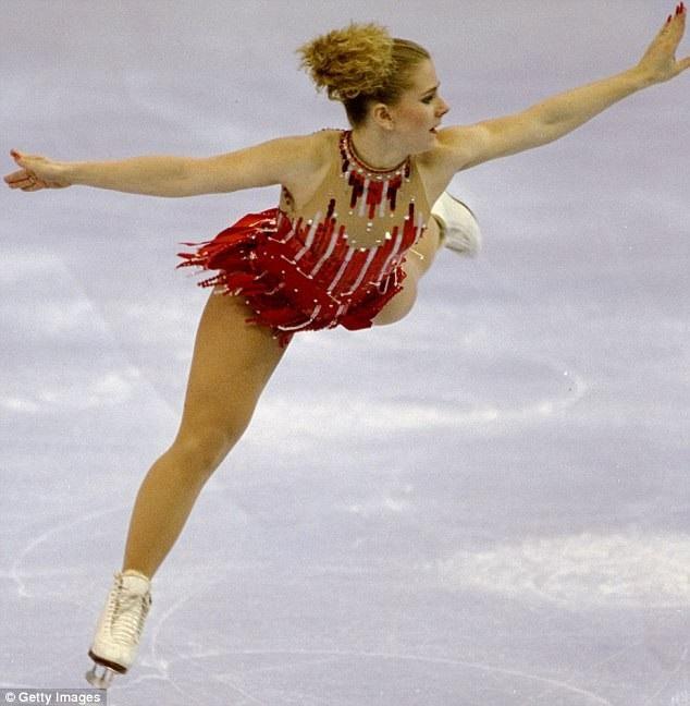 Nữ vận động viên trượt băng Tonya Harding tại giải vô địch trượt băng quốc gia Mỹ hồi năm 1994.