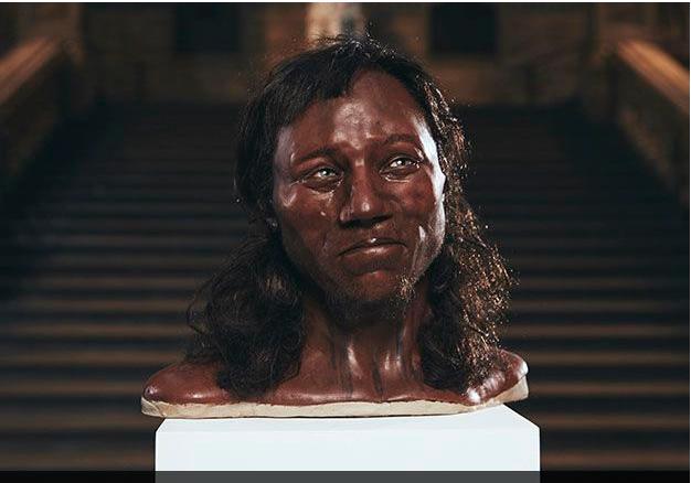 Người đàn ông 10.000 năm tuổi - 3