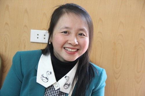 Năm nay, cô Nguyễn Thị Vân Anh lại đón Tết cùng chông qua điện thoại và tin nhắn.
